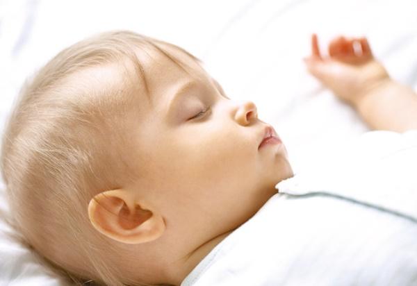 Giấc ngủ của e bé sẽ sâu hơn khi không khí trong phòng trong sạch